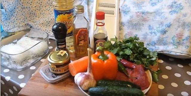 Простые рецепты с фото салатов с фунчозой в домашних условиях