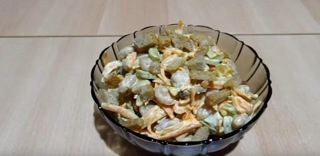 салат с огурчиками