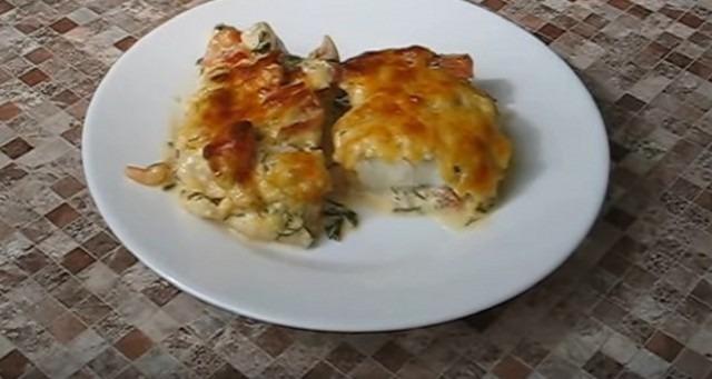 рыба между овощами по-гречески