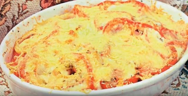 палтус запечённый с овощами и сыром