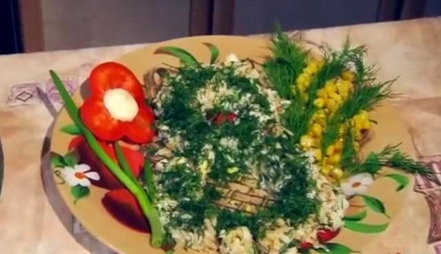 7 Простых и вкусных рецептов салатов на 8 марта с фото