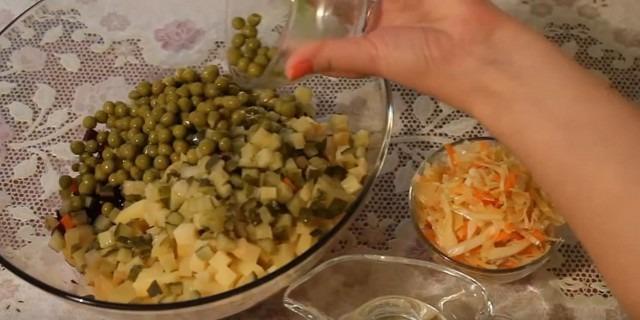 Классический рецепт винегрета с запечёнными овощами