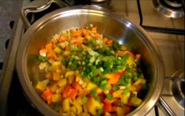 Готовим перловку с овощами