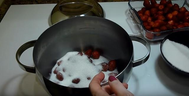 Варенье из клубники