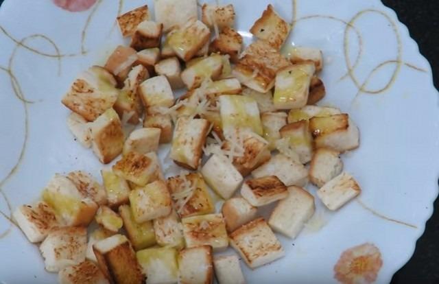 Салат с курицей, с помидорами, с сухариками и салат с курицей и огурцами + 2 видео