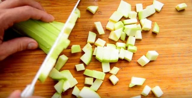 Рецепт кабачковой икры, самый вкусный, простой, приготовленный по - домашнему на зиму