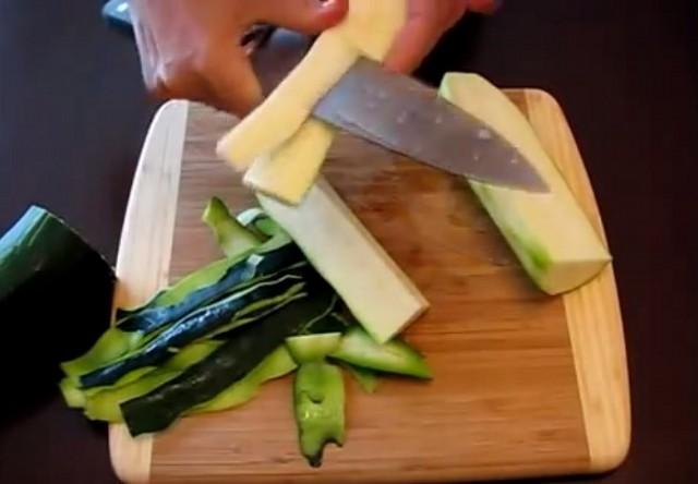 Оладьи из кабачков, рецепты приготовления простых овощных оладьев быстро и вкусно