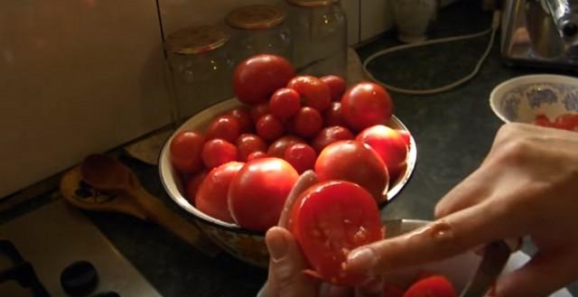чистый помидор