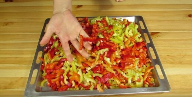 Лечо из болгарского перца на зиму, простые, вкусные рецепты, пальчики оближешь