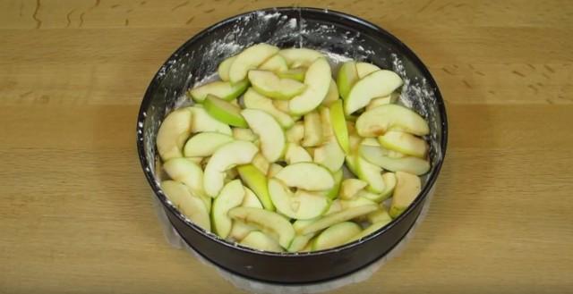 яблоки в форму
