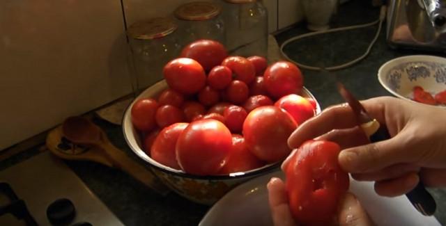 треснутый помидор
