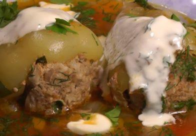 Перец фаршированный. 2 очень вкусных рецепта фаршированного перца с мясом и рисом и 2 видео