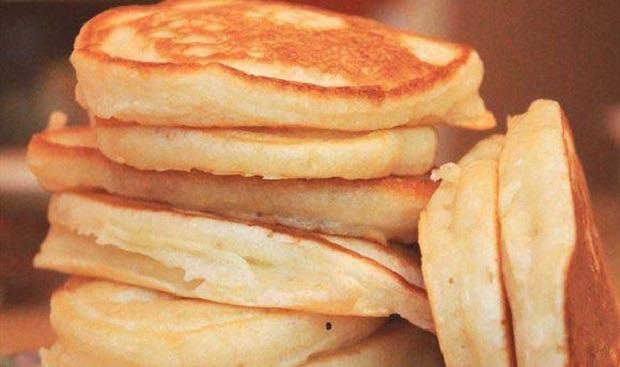 Пышные оладьи на кефире. Рецепты приготовления вкусных оладушек на кефире, на молоке и на дрожжах