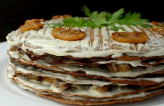 печеночный торт на кефире с шампиньонами