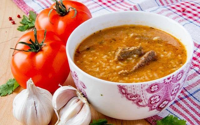 вкусный суп харчо с черносливом