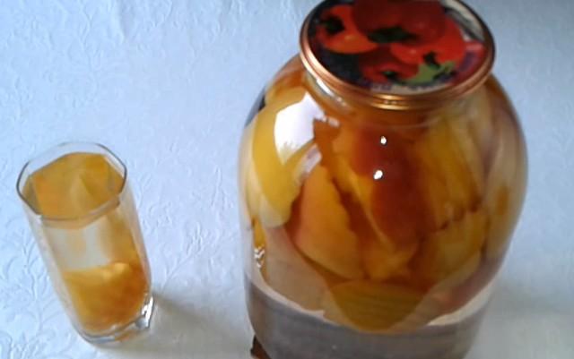 компот из персиков дольками