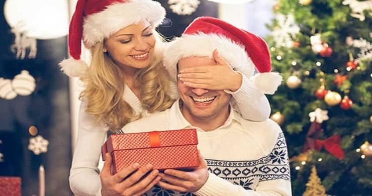 Что подарить любимому человеку (парню, девушке, мужу или жене) на Новый год. Идеи праздничных подарков