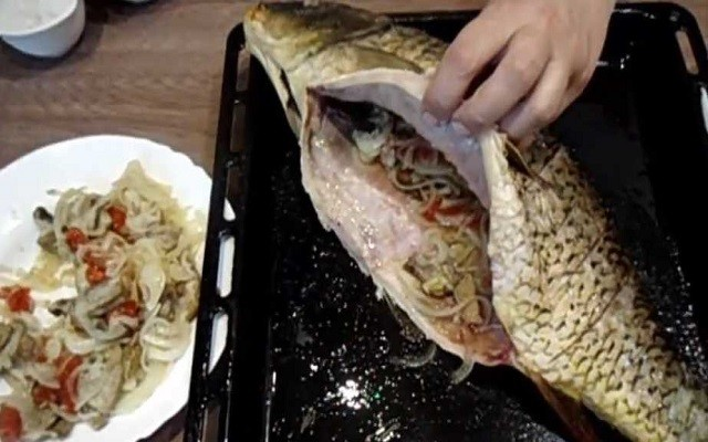 начинить рыбу