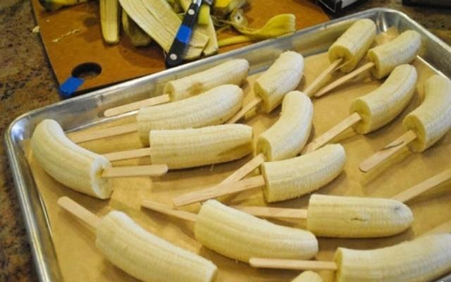 очистить бананы
