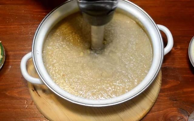 измельчить суп блендером