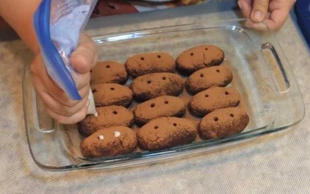 украсить пирожные