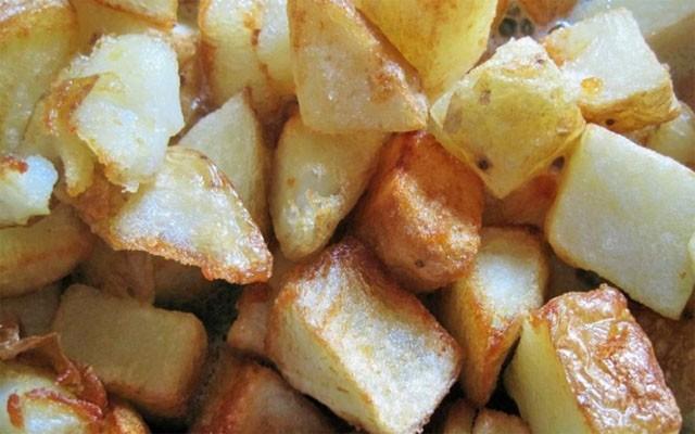 пожарить картошку кубиками