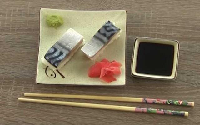 Домашние суши со скумбрией