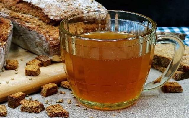 Домашний квас на ржаном хлебе