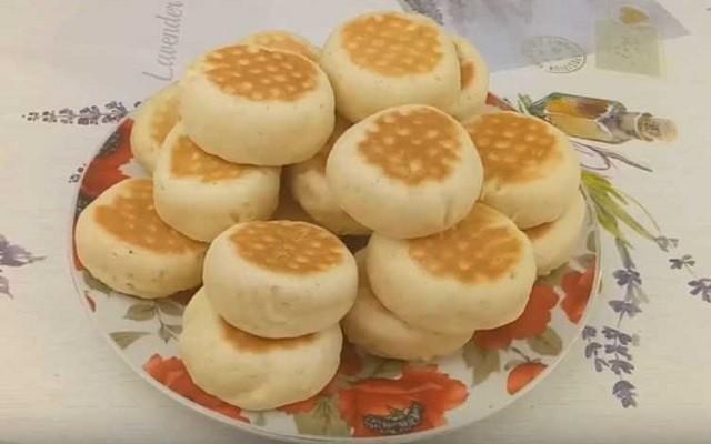 Печенье на сковороде на сметане