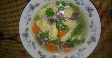 суп с клёцками