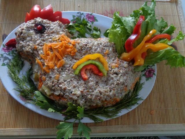 Оригинальный салат с гречкой в год Петуха!