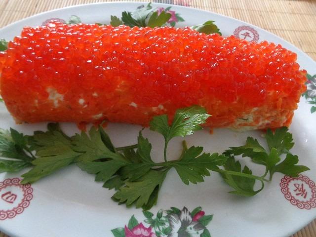 Новогодний салат «Янтарная кукуруза» для огненного Петуха