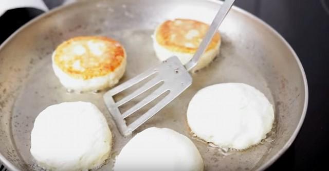 Как сделать сырники на кг творога 396